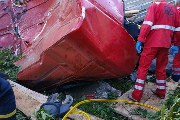 На Тернопільщині ДТП: водій загинув на місці