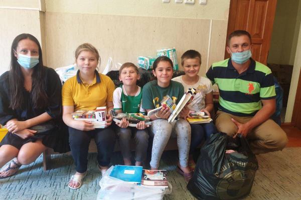 Іванна Богомольська: «Роман Кухарський вже близько 10 років опікується нашими дітками»