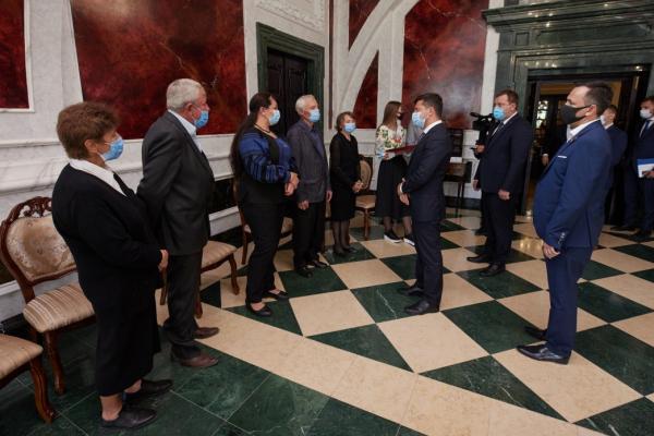 Президент присвоїв звання Героя України солдату Юрію Горайському, який був смертельно поранений у районі Докучаєвська
