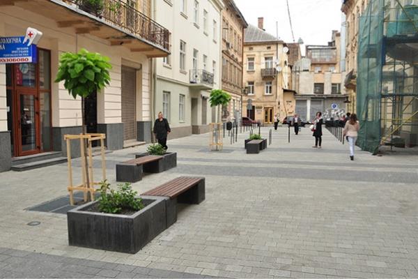 Облаштувати громадське місце на одній з вулиць міста просять тернополяни