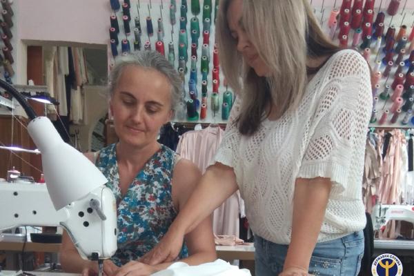 Історія успіху з Бережан: від вирішення питань економіки до пошиття брендового одягу