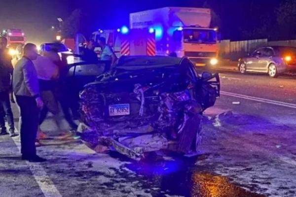 Серйозна аварія біля Тернополя: позашляховик розтрощений