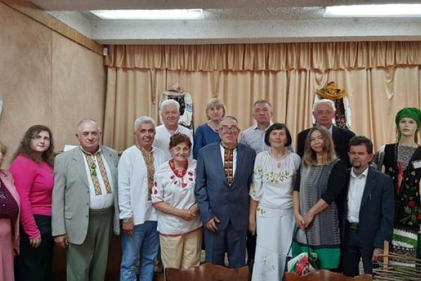 Ювілейний ужинок настасівського професора Олега Смоляка