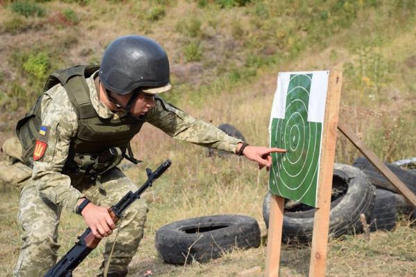 Тернопільські артилеристи відпрацьовують вогневу підготовку