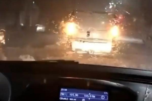 На Тернопільщині через шалену зливу затопило вулиці (Відео)