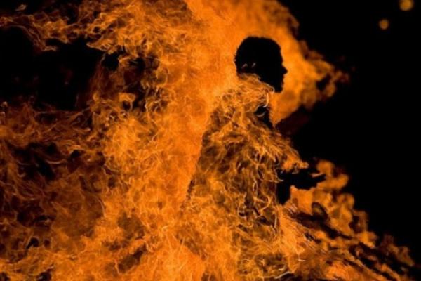 Через відсутність стажу: на Тернопільщині чоловік намагався себе спалити в центрі зайнятості