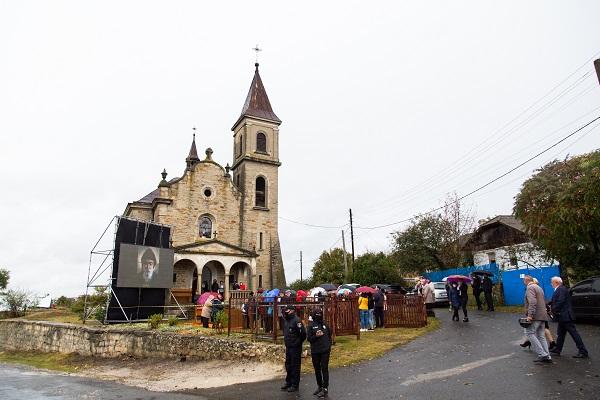Храм на Тернопільщині передали під опіку католицької церкви
