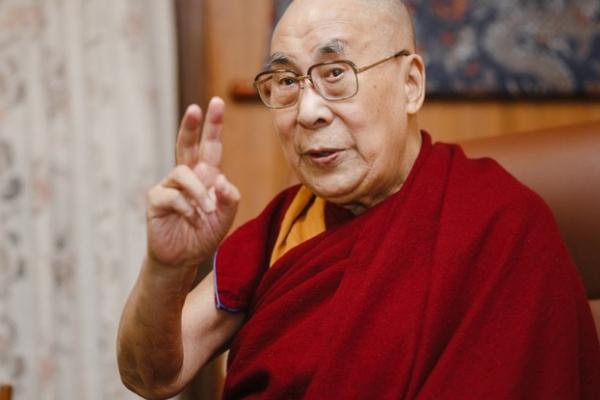 Далай-лама XIV вперше в прямому етері спілкуватиметься з українками й українцями