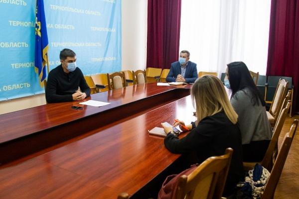Тернопільщина: ОПОРА перевірила використання адміністративних ресурсів у виборчому процесі