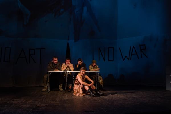 Кіборг з Тернопольщини зіграв в міжнародній виставі «H-Effect» про війну в Україні