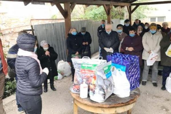 Християнська молодь Тернополя власноруч готує обіди для потребуючих