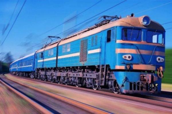 Попри «червону» зону, поїзди у Тернополі все ж зупинятимуться