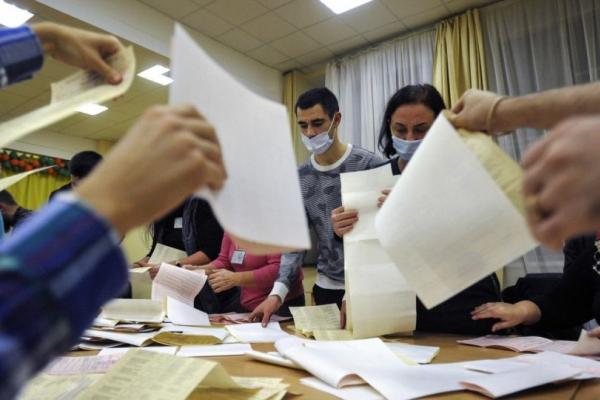 Які правопорушення зафіксували на Тернопільщині у день місцевих виборів?