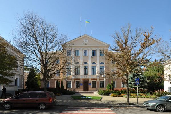 Чотири лідери: Які партії проходять до Тернопільської міської ради