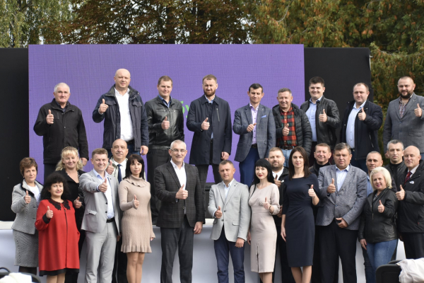 Команда Івана Чайківського здобула лідерські позиції на місцевих виборах в Тернопільській області