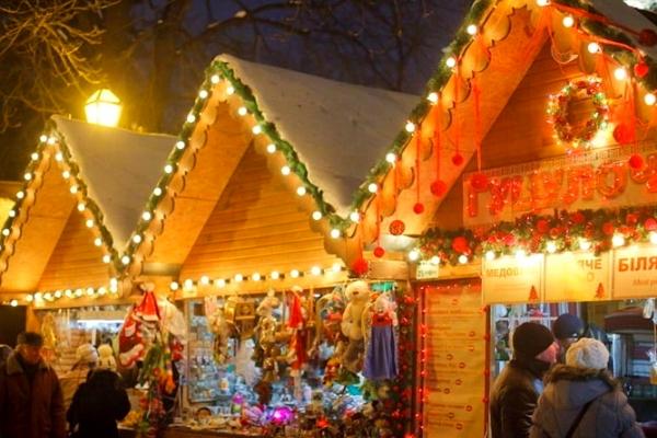 Тернополяни зможуть самостійно обрати програму святкування Новорічно-Різдвяних свят