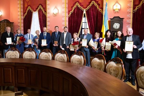 У Збаразькому замку урочисто нагородили працівників культури