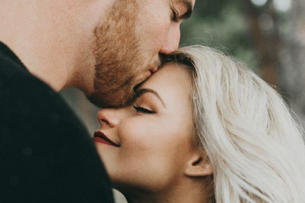 Забудьте про це: 8 речей, яких у жодному разі не можна робити у стосунках