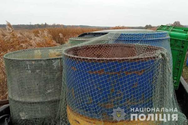 На Тернопільщині 35-річний чоловік незаконно виловив майже 400 кілограмів риби