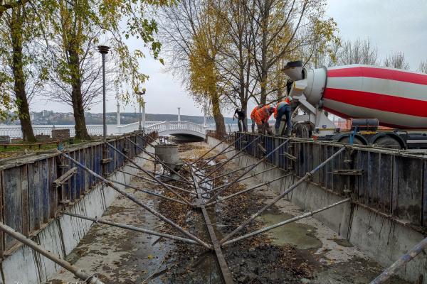 У парку Тернополя з'явиться ще два мости