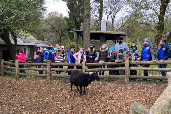 Діти-учасники проєктів Тернопільського «Карітасу» відвідали зоопарк у Рівному