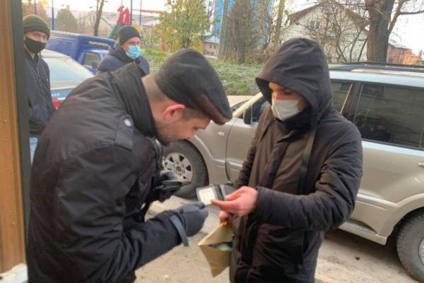 У Тернополі проводять обшук у новообраного депутата-свободівця. Що відомо про його справи? (ОНОВЛЮЄТЬСЯ)