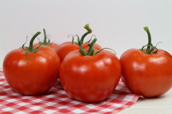 У Тернополі через отруєння помідорами ледь не померла жінка