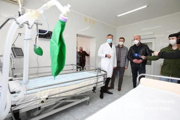На відміну від інших міст, мерія Тернополя наперед подбала про медичний кисень у лікарнях