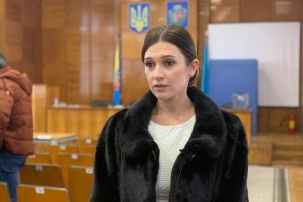 Чортківську районну раду очолила «довірлива» жінка