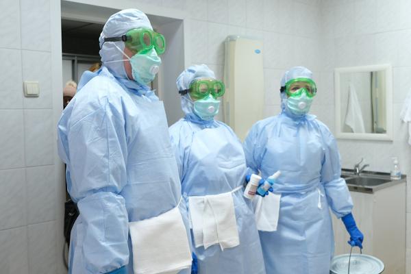 На Тернопільщині мобільна група перевіряє медзаклади