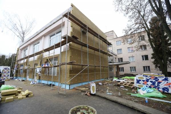 У Тернопільській міській лікарні №2 проводять реконструкцію приймального відділення