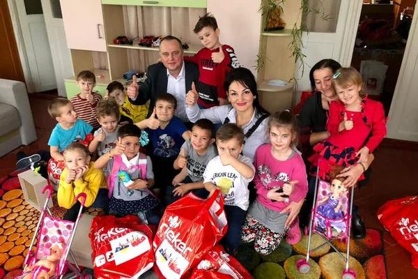 Завдяки благодійникам діти з тернопільського притулку отримали дарунки від Чудотворця (Фото, відео)