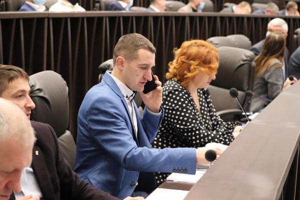 Депутати обласної ради звертаються до Верховної Ради України звільнити Міністра освіти і науки