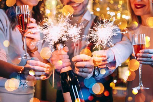Кафе та бари Тернополя працюватимуть у новорічну ніч значно довше
