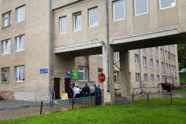 У медзакладах Тернопільщини триває будівництво приймальних відділень