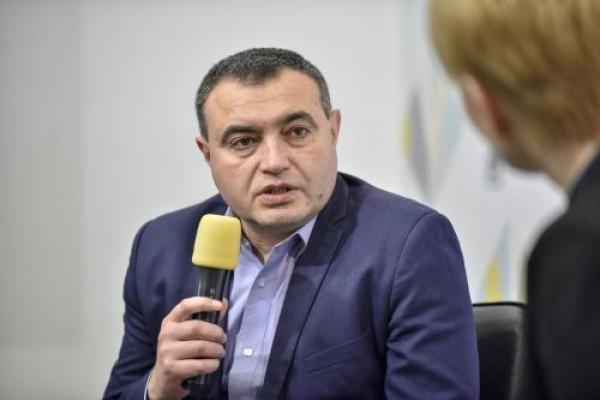 Голова Теребовлянської ОТГ хоче написати заяву на звільнення