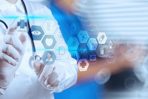 Коронавірус виявив багато проблем у медицині, але ми їх поступово вирішуємо, — Володимир Труш