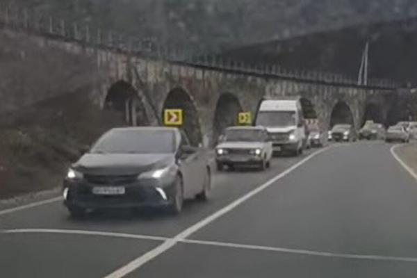 Через ремонт дороги на Теребовлянщині утворюються кілометрові затори