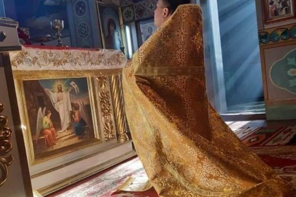 Священник  з Тернопільщини проводить служби онлайн