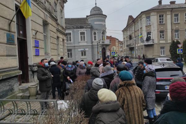 На Тернопільщині люди бунтують проти нових тарифів та локдауну