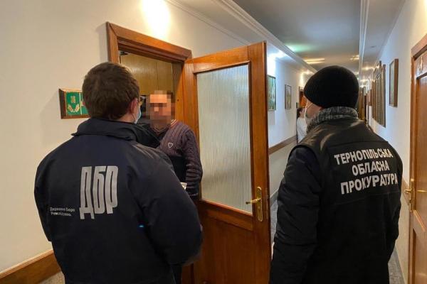 На Тернопільщині затримали чергового лісничого