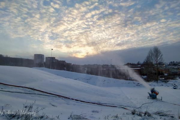 У Тернополі відкрили сноутюбову трасу