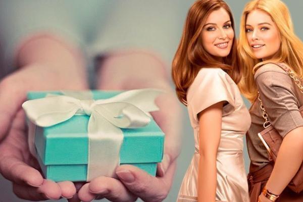 День рождения подруги: идеи подарков, которые ей точно запомнятся