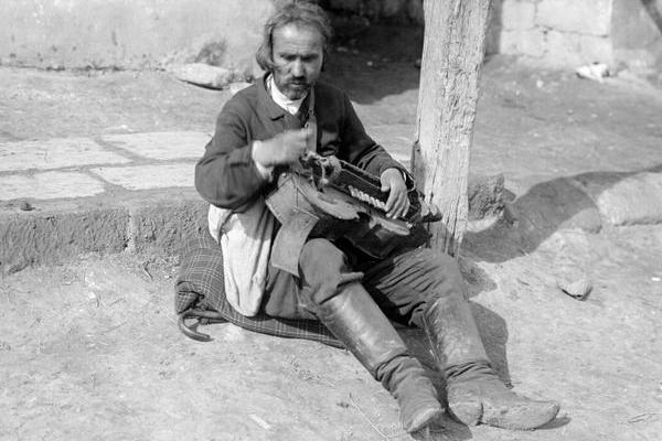 На вулицях Підгайців на столітніх фото