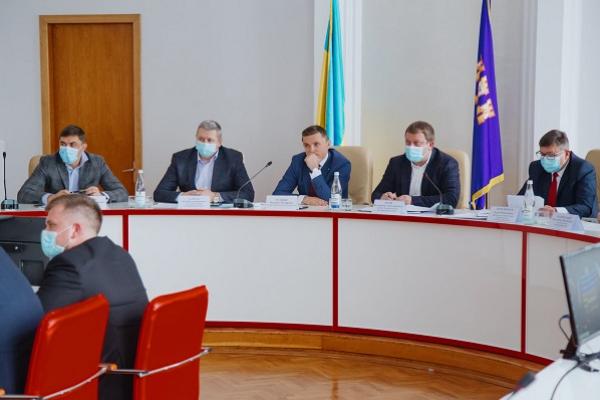 На Тернопільщині триває процес передачі майна громадам
