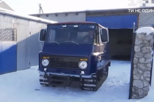 Сніговий всюдихід власноруч змайстрував житель Тернопільщини