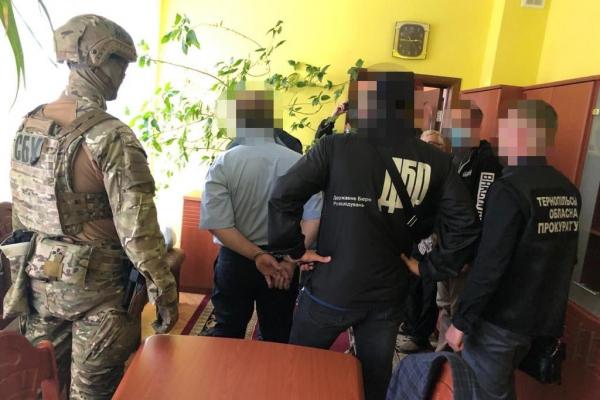 На Тернопільщині судять начальника податкової інспекції