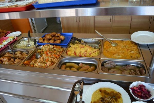 У Тернополі діє безкоштовна їдальня: куди звернутися за допомогою?