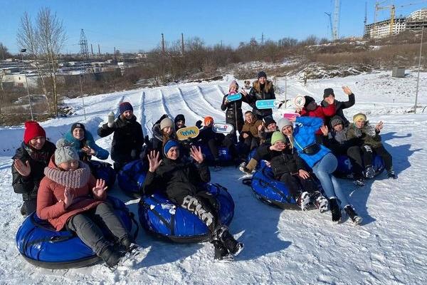 Волонтери «Карітасу» організували для тернопільських дітей справжні зимові веселощі