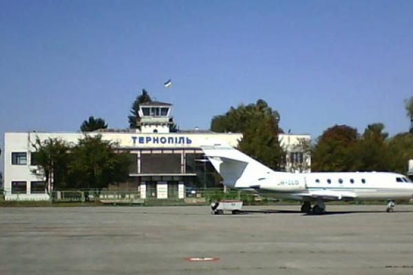 Відновлять роботу чи ні? Долю Тернопільського аеропорту вирішували депутати